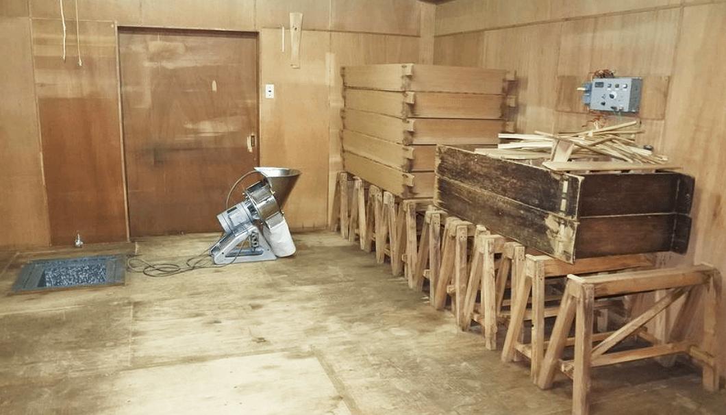 阿武の鶴酒造の麹室