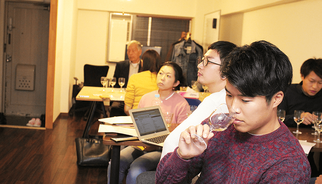 「醸し人九平次」日本酒出張セミナーの様子