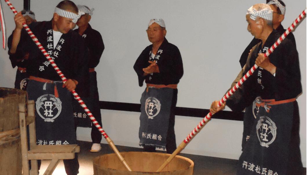 丹波流酒造り唄保存会公演 酛摺り唄:篠山市デカンショ館