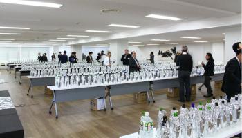ワイングラスでおいしい日本酒アワード2018審査会の様子
