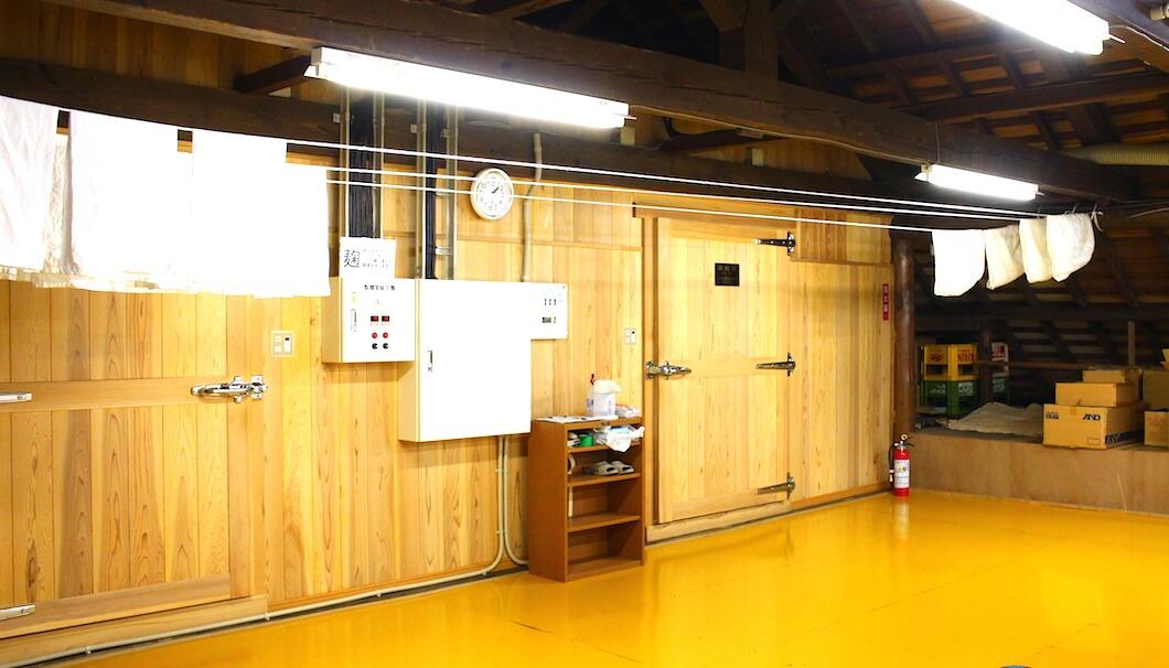 茨城・日立酒造の「麹室」の入り口
