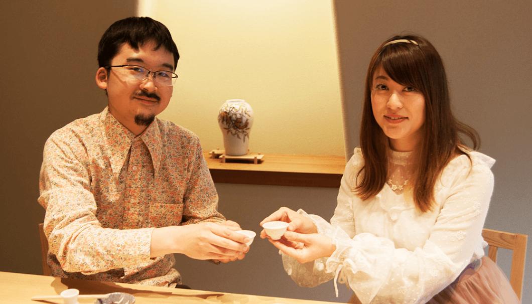 「日本酒女子会」主宰・氏家エイミーさんと「SAKETIMES」編集長・小池潤