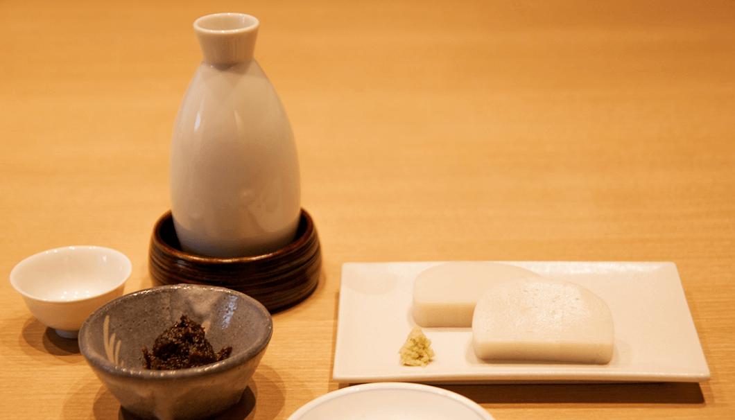 「かんだやぶそば」のお料理と日本酒