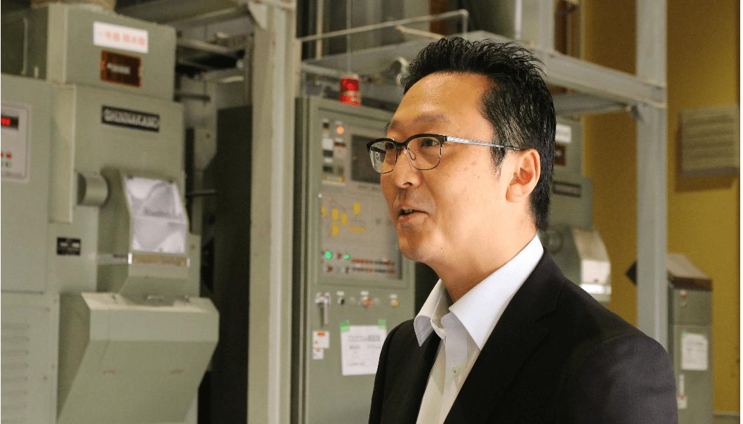 楯の川酒造の佐藤社長インタビュー風景