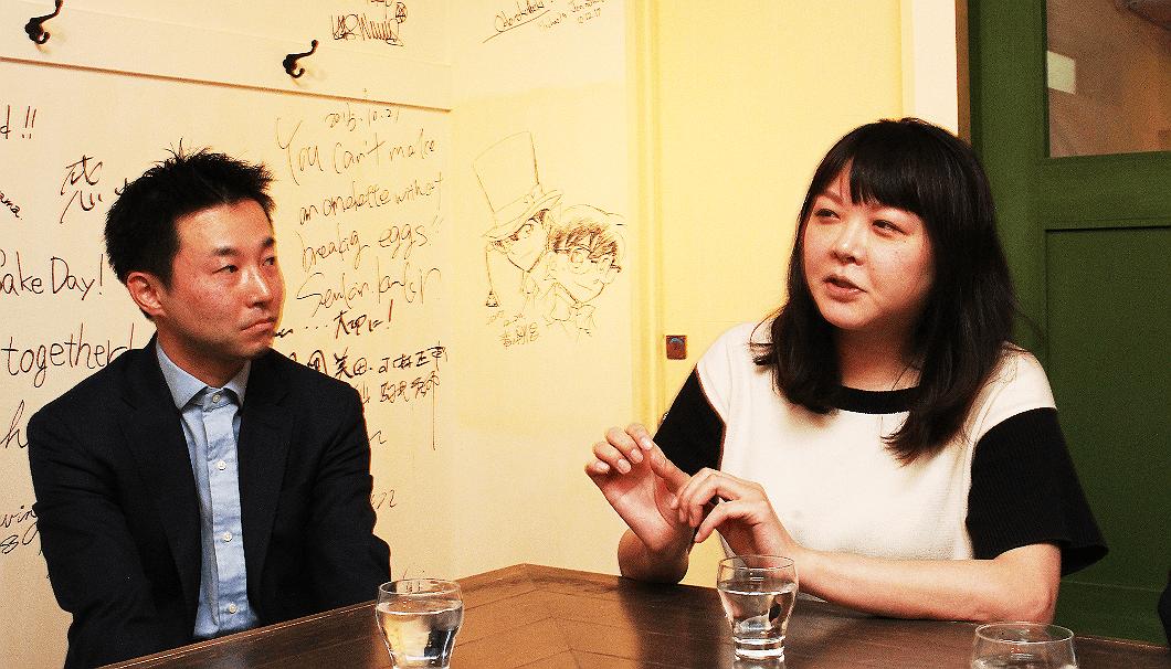 木屋正酒造の代表兼杜氏・大西唯克さんと「GEM by moto」店長・千葉麻里絵さん