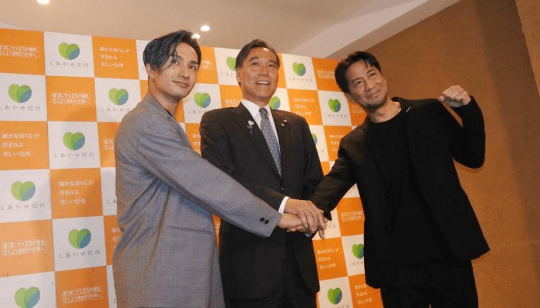 HIROさん、阿部守一 長野県知事、橘ケンチさんが並んでうつっている写真