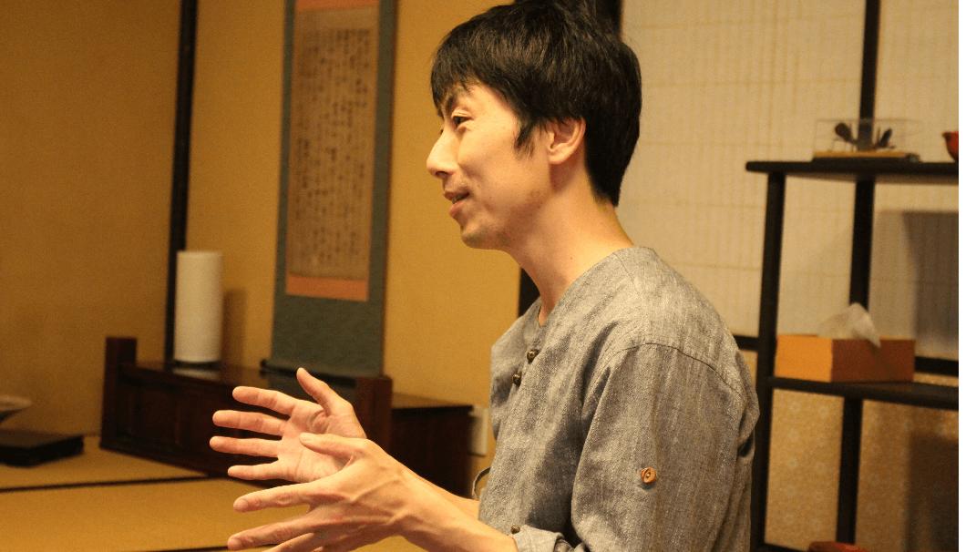 長徳寺の住職、関根さんの写真
