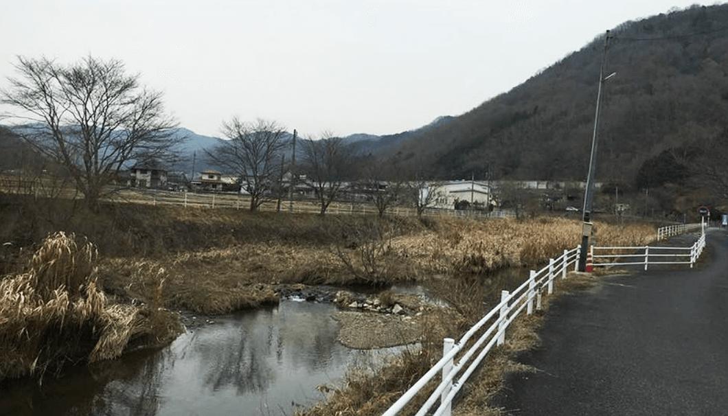 落酒造場の近くを流れる備中川