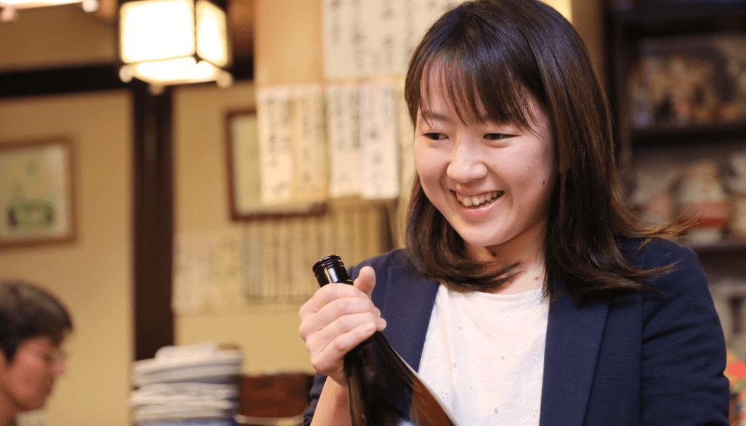 全国最年少の女性杜氏、吉田酒造の吉田真子さん