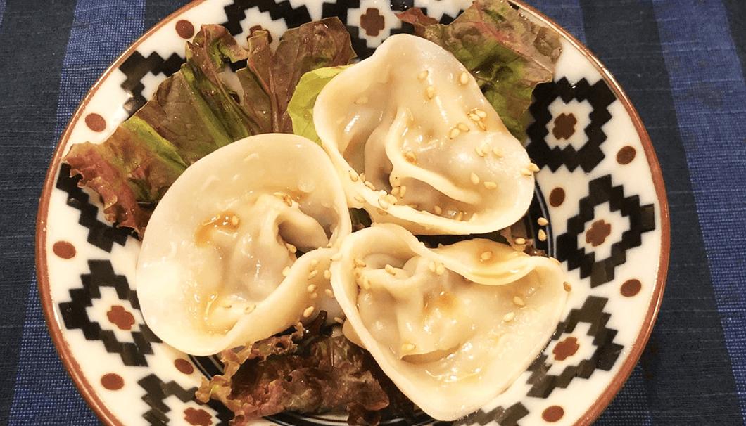 「鶏肉と野菜の塩麹水餃子」(950円/6個)
