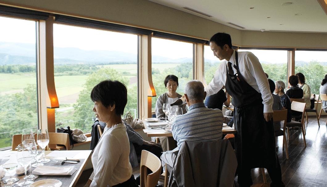 「上川町日本酒満喫ツアー」のランチ会場は、「フラテッロ・ディ・ミクニ」