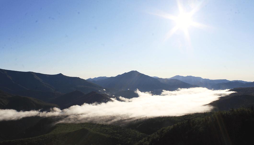 北海道上川町にある峡谷「層雲峡」を見下ろす風景