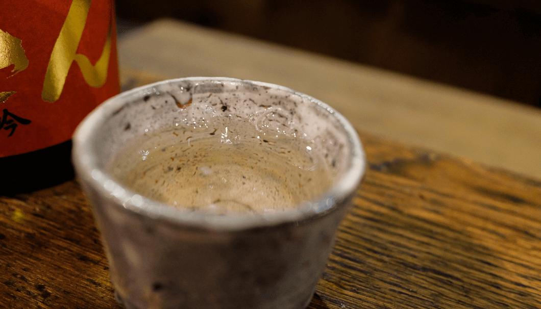 「播州一献 ののさん 純米吟醸生酒」がぐい呑に入っている写真