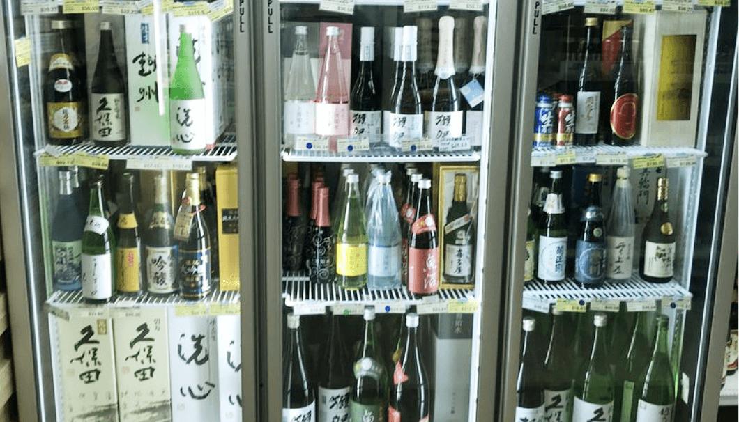 「東京マート」の日本酒売り場