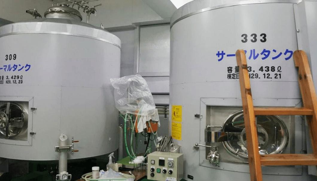 小嶋総本店の蔵内部