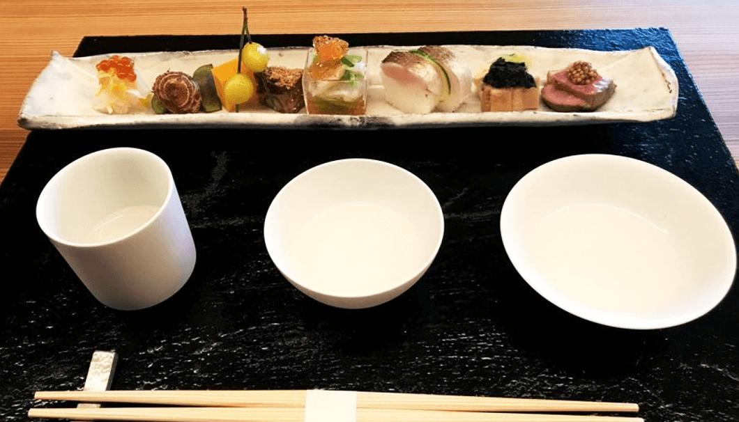 「asobi sake ceramics(アソビ サケ セラミックス)」と料理のペアリング
