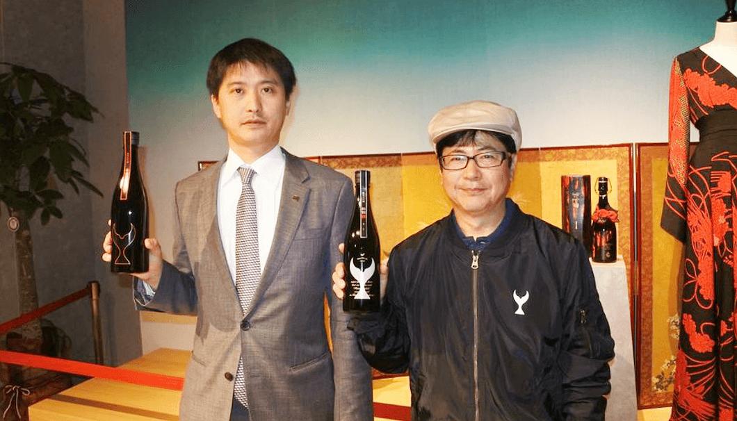 酔鯨酒造の大倉広邦社長(左)と松本誠二杜氏