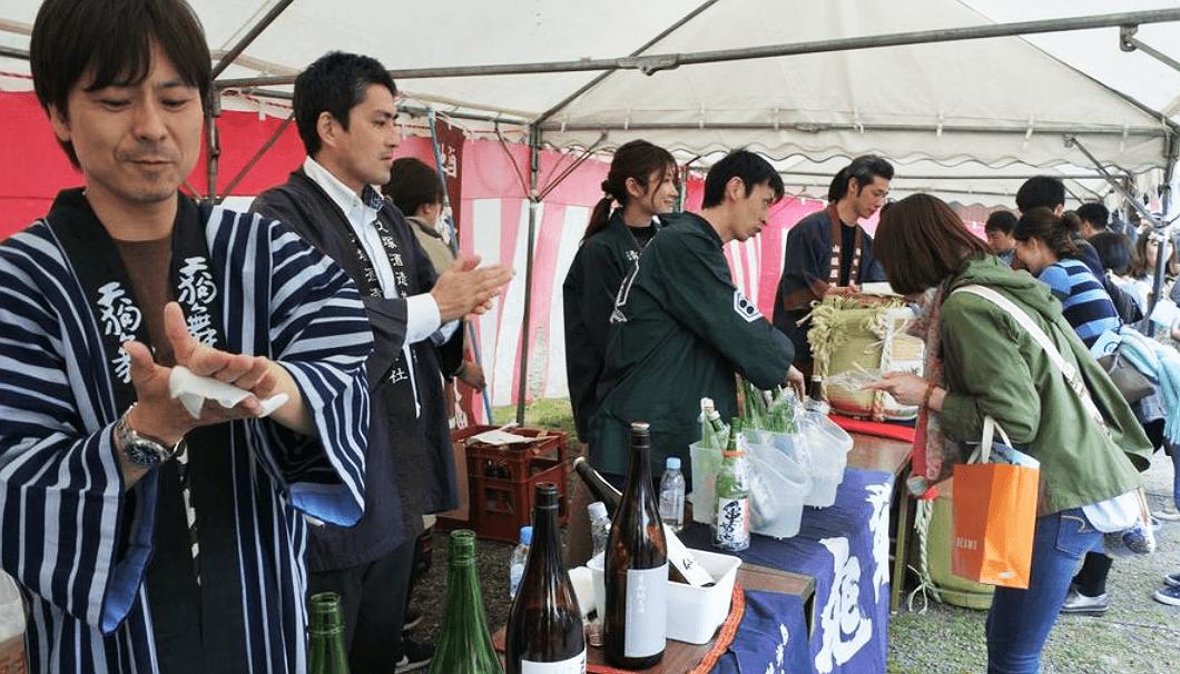 酒1グランプリの日本酒ブースの様子