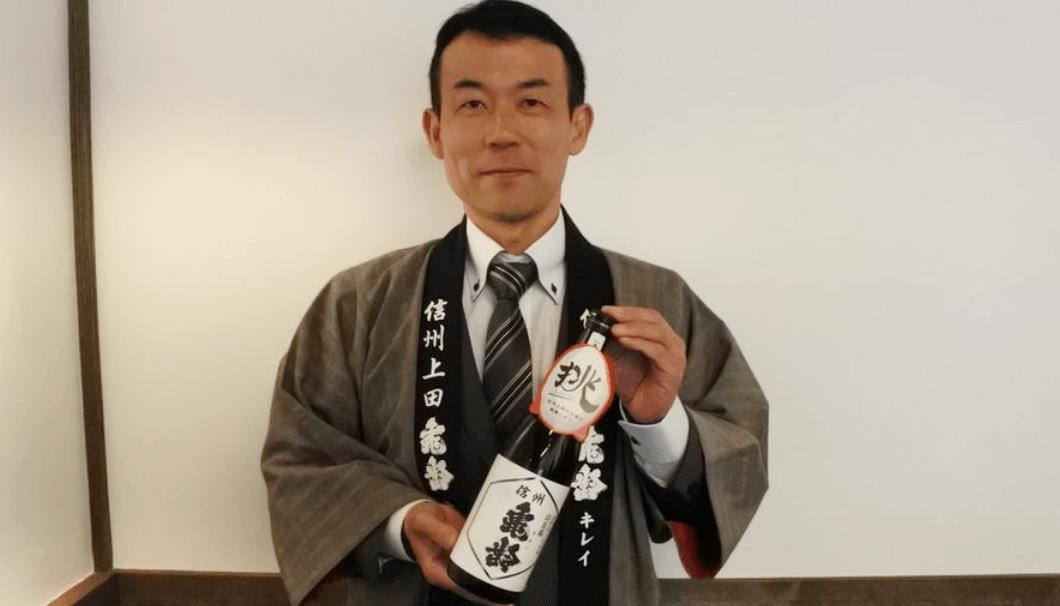 「信州亀齢」を醸した岡崎酒造の岡崎謙一社長。
