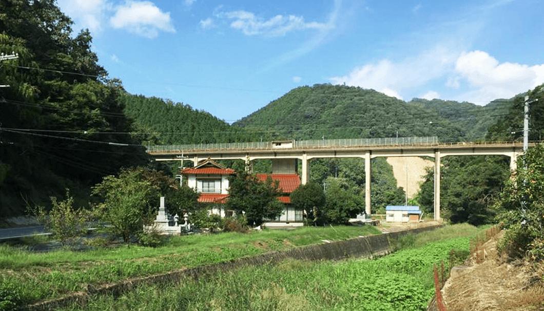 三江線の旧宇津井駅(うづいえき)