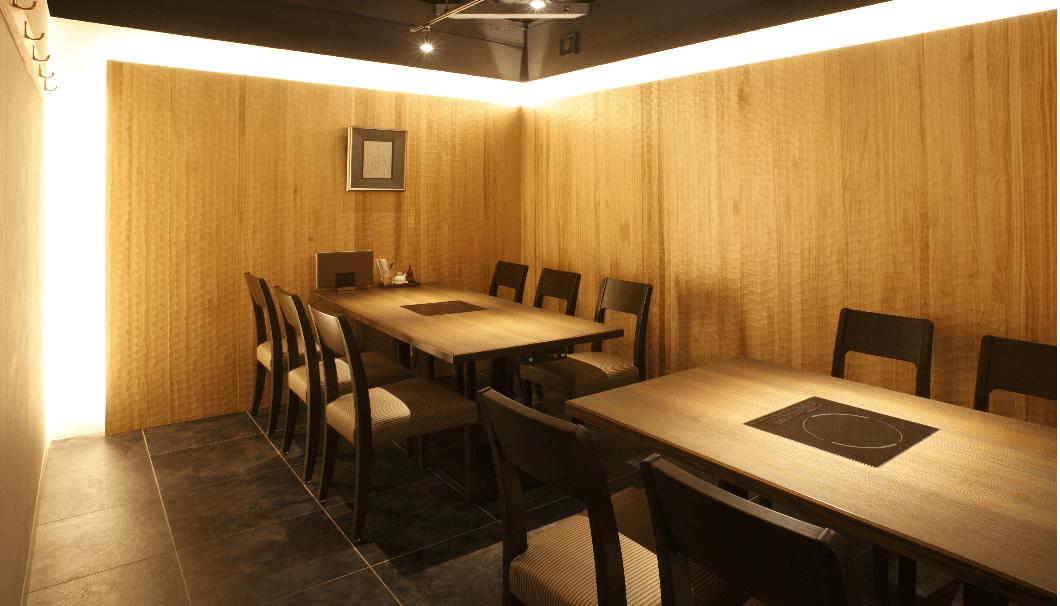「和食日和おさけと」が、5店舗目となる「神楽坂」店の店内イメージ写真
