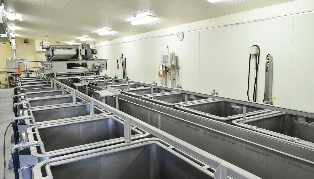 酒米の吸水を一定にするために工夫された浸漬槽