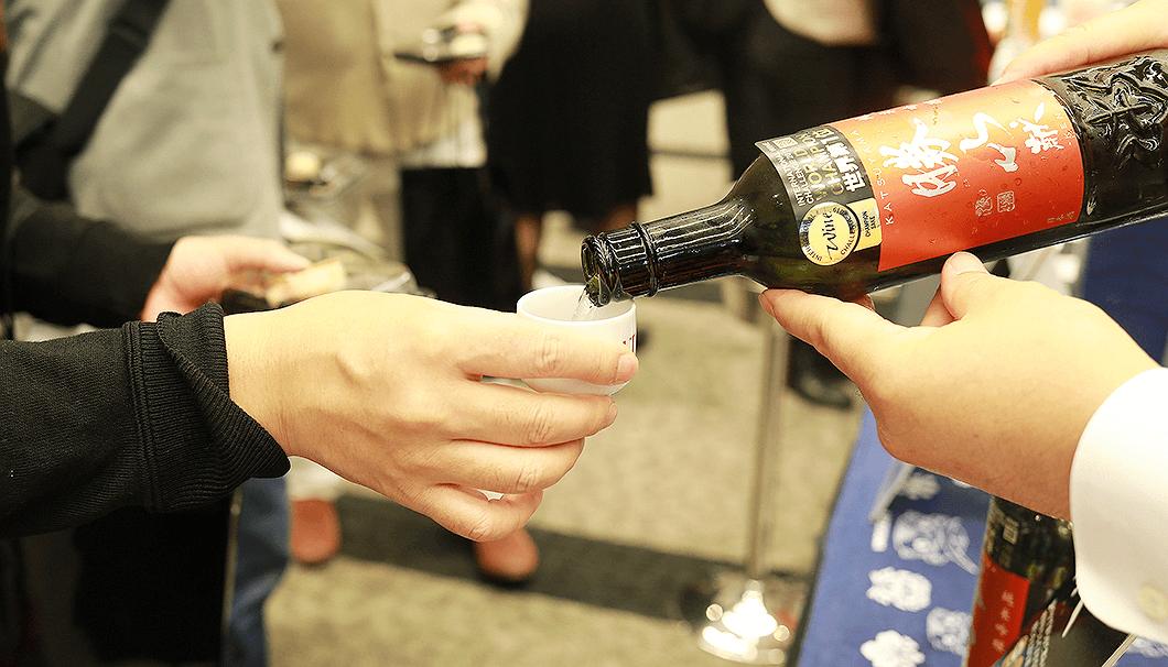 「IWC2019プレミアム日本酒試飲会」の様子