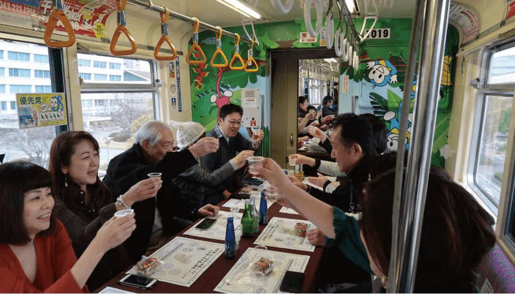 日本酒列車