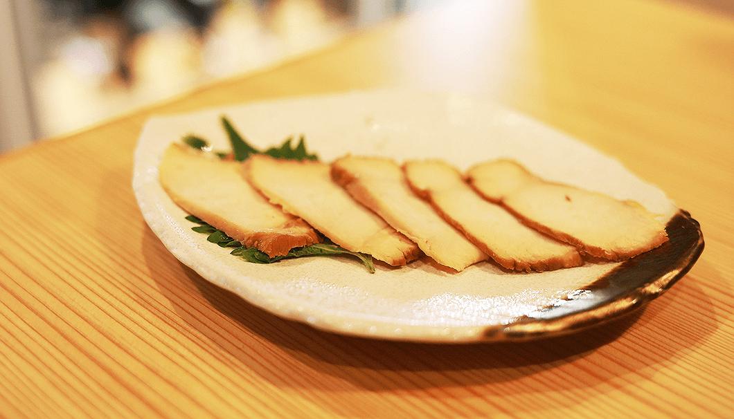 「いずみ鶏の熟成柿酢仕立て」