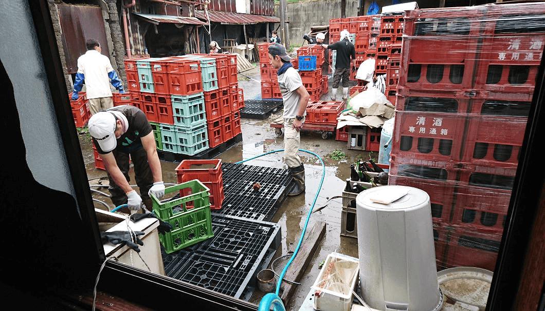 佐賀豪雨被害にあった東鶴酒造の様子