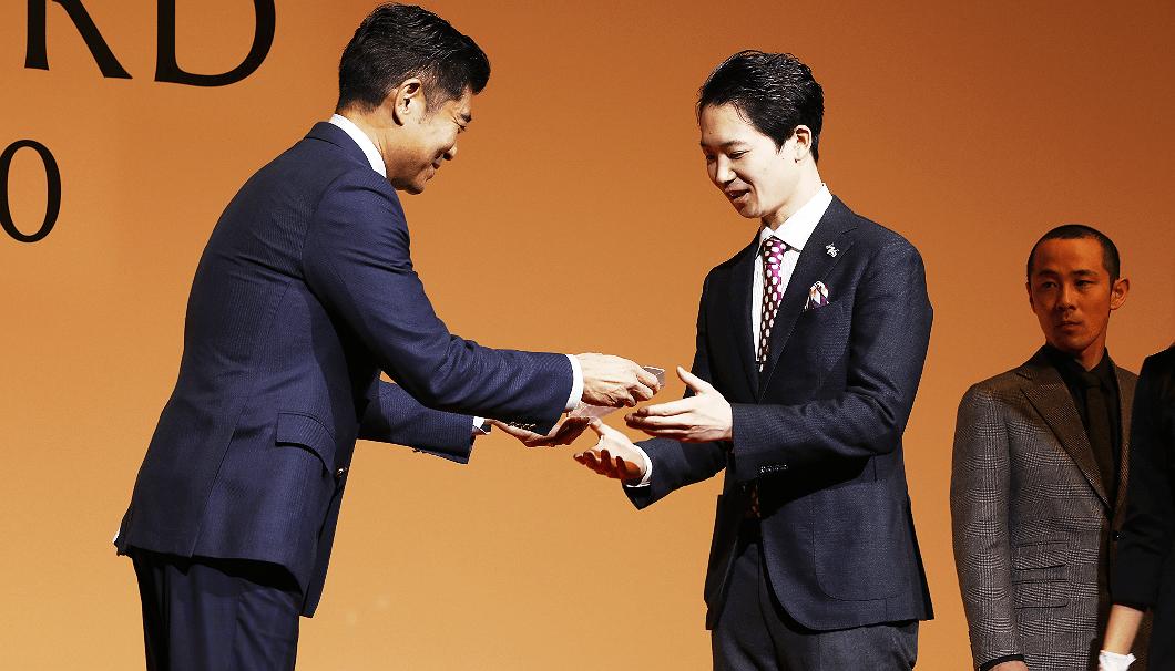 プレゼンターを務める俳優の髙嶋政宏さん