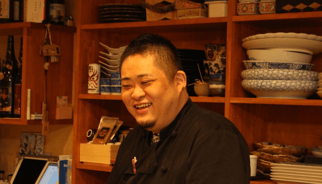 「旬彩厨房 吉のぶ」の店主・上山明良さん