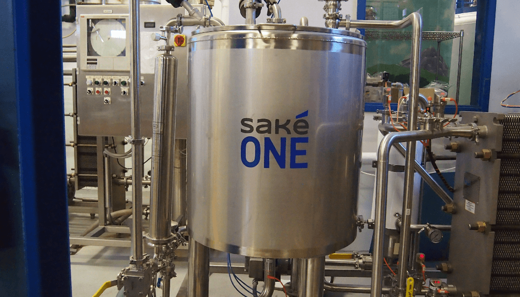 sakeoneタンク