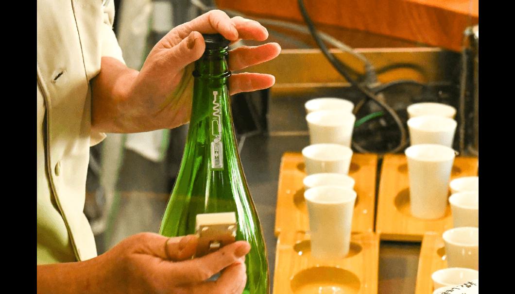 関谷醸造直営のSake Bar「糀マルタニ」が電子タグを活用した経済産業省の実証実験を実施中