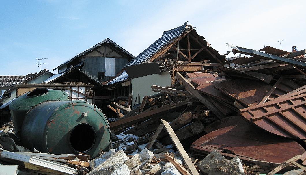 新澤醸造店の被災の様子