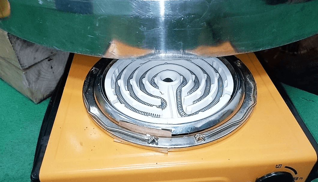 仕込みタンクの下に置くヒーター