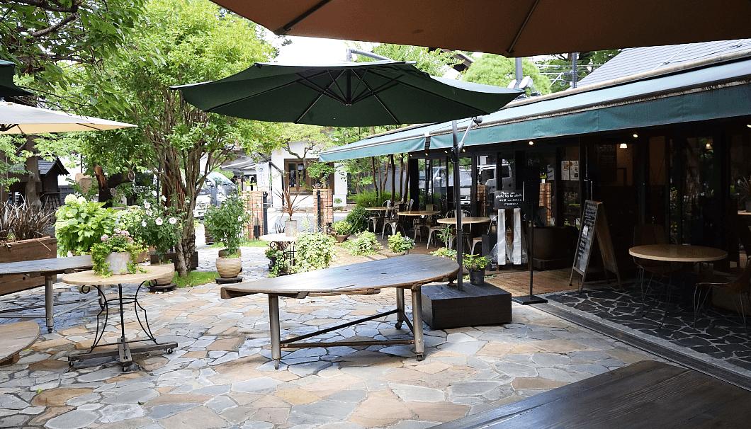 石川酒造の中庭